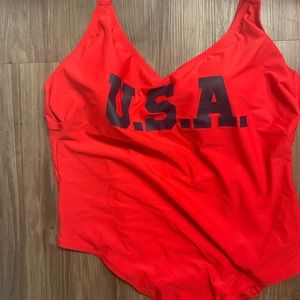 Swimsuit USA red size 24W